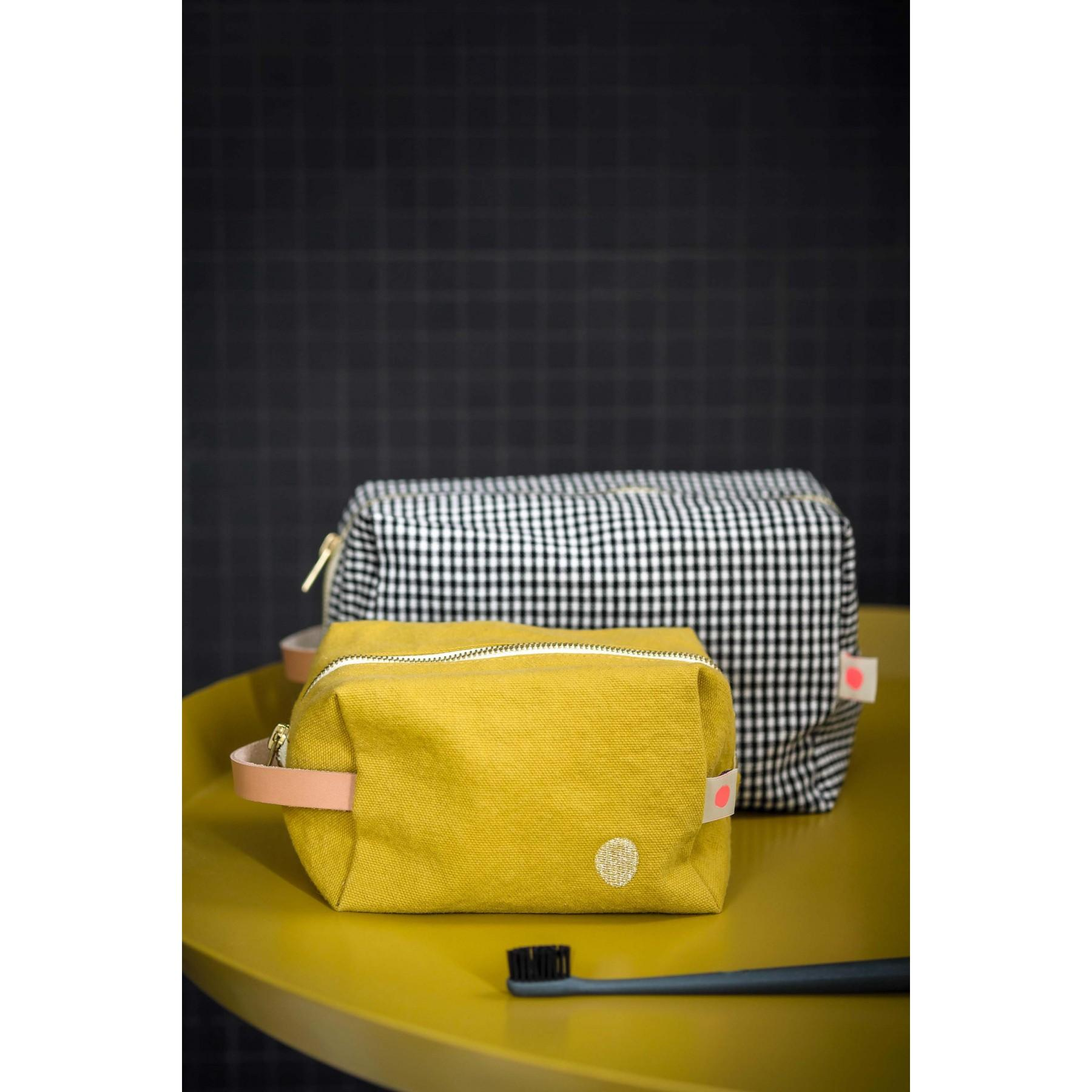 Product photo POUCH CUBE ERNEST CAVIAR GM