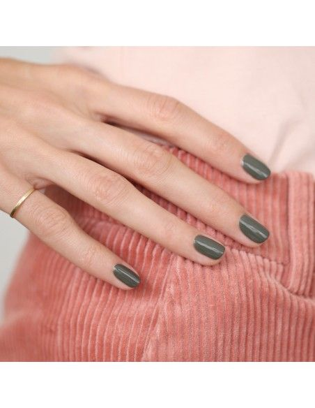 Product photo Manucurist Khaki nail polish